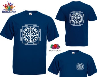 "Shri Yantra  - Fruit of the Loom® T-Shirt ""Men Valueweight T"" / ""Heavy Cotton T""  in different colors!"