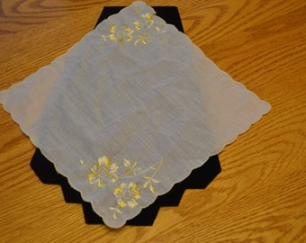 1950's Vintage Embroirdered Handkerchief with Flowers