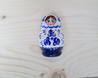 magnetic matreshka Russian souvenir