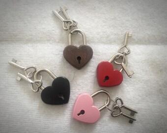Heart Padlock Pink Red Black