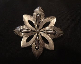 Vintage Signed Trifari Silvertone Brooch