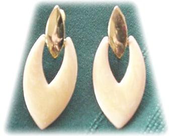 Marbled Beige Enamel Metal Earrings