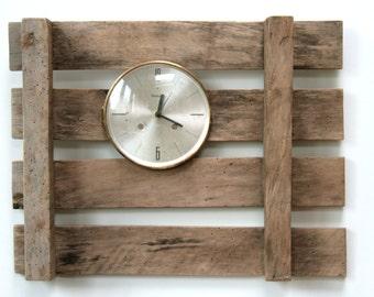 "Wall Clock ""Pallet"""
