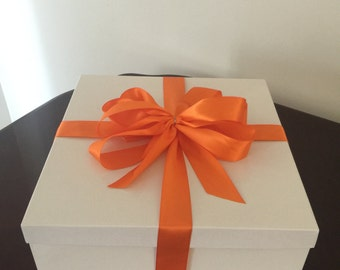 White Deluxe Gift Box With Lid 14 x 14  x 6