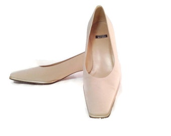 Vintage Stuart Weitzman pumps with spool heels