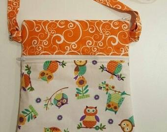 Owls/purse/Adorable handmade crossbody bag featuring owls