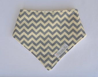 Grey chevron adjustable bandana bib