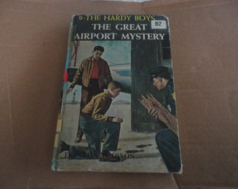 The Hardy Boys Volume 9 - The Great Airport Mystery by Franklin W. Dixon Vintage 1965