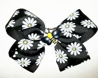 Daisy Bumble Bee Bow