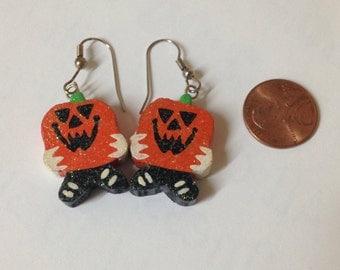 Vintage Halloween wooden dangle earrings- pumpkins