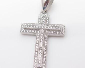 925 Sterling Silver C Z Glitzy Religious Cross Pendant (3.7g)