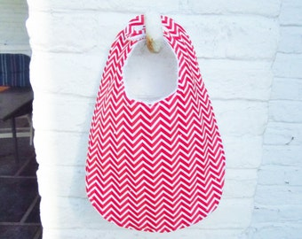 Red chevron bib