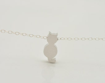 Silver Kitty Necklace, Cat Necklace, Tiny Cat Necklace, Sterling Silver Chain, Animal Lover Jewelry, Cat Lover Necklace, Gift for Her,  0323