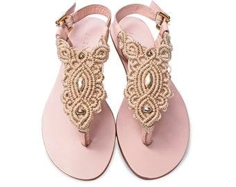 Light Tan Macrame and Pink Leather Sandal / Summer sandal / thong sandals / flat sandals / sandalias macrame