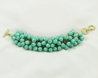 Classic turquoise beaded bracelet