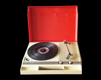 Late sixties portable automatic grammophone record player, Wilson Milano 'Capri', space-age design.
