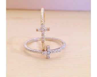 "Ring ""cross stones"""