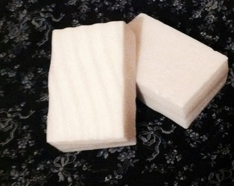 White Peach and Silk Blossom Scented Goats Milk Soap, White Dye Free Soaps, Fragrant Soaps, Ready to Ship