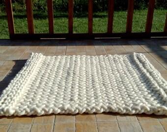 SALE! Chunky Floor Rug, Wool rug, Knitted rug, White rug, Area Rug, Handmade rug