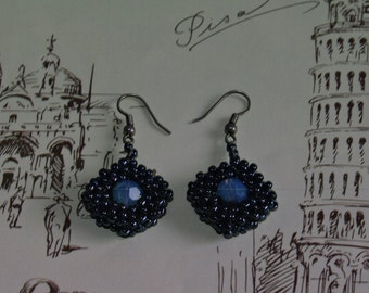 Beadwork earrings with swarovski