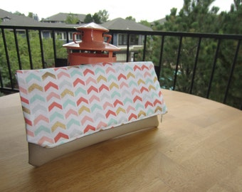Colorful Arrow Zippered Clutch