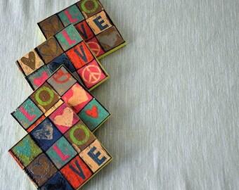 Wood Coasters LoVe set