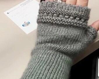 Knit fingerless gloves