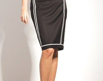 Black Skirt with white trimming on a slim fit shape / SS002