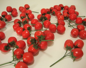 Artificial Tomato Clusters. Faux, Decorative Realistic Food Home Decor. Bag of 25 pieces.