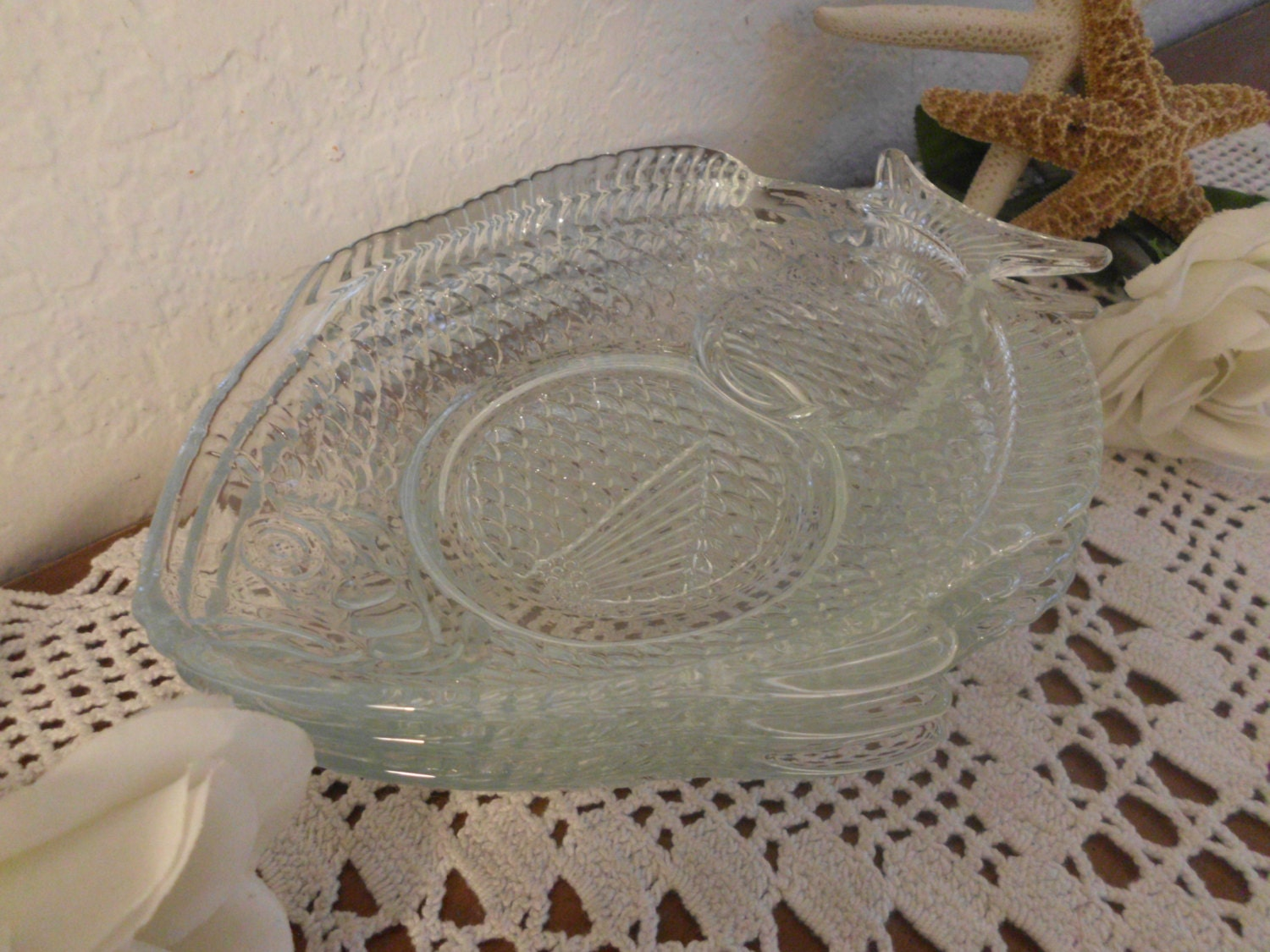 Vintage clear glass fish plate snack tray mid century for Fish plates near me
