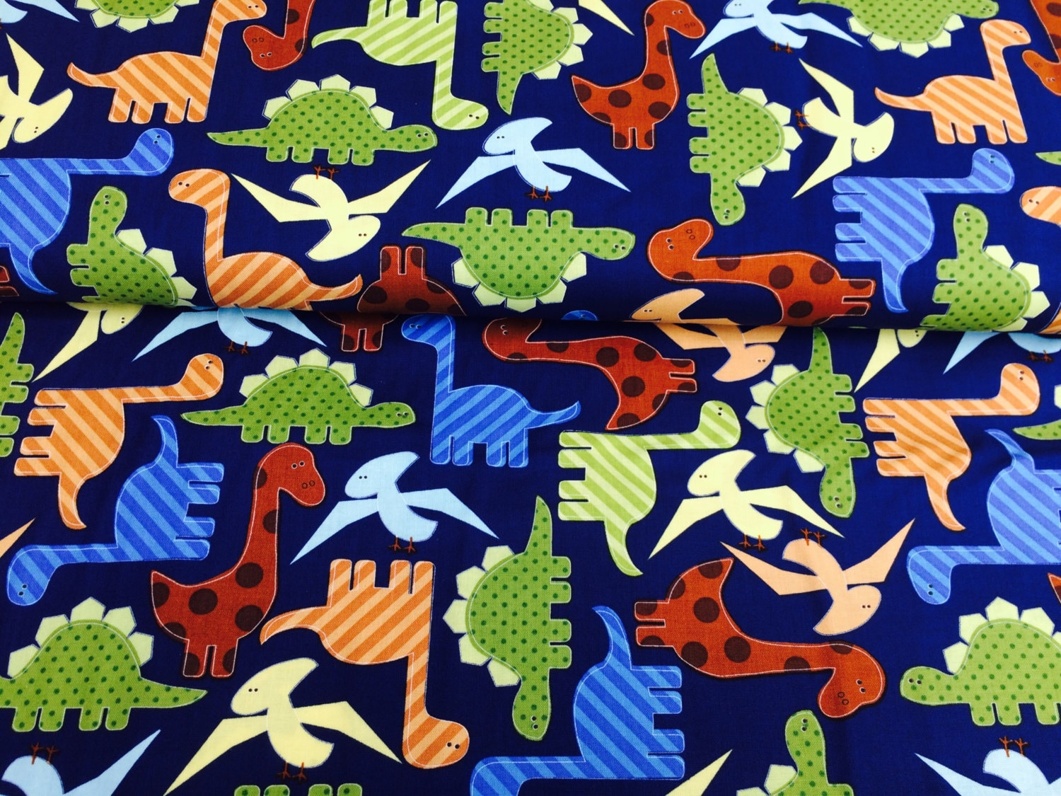 Dinosaur fabric by robert kaufman 100 cotton uk sales only for Dinosaur fabric