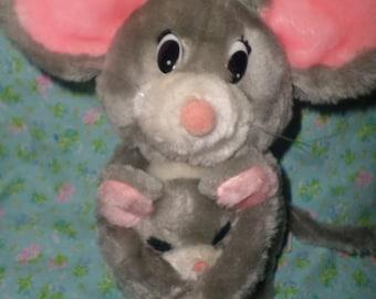 Vintage Dakin Mouse plush pair baby hugging 1983 Mice
