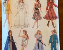 Simplicity Crafts sewing pattern 8333 wardrobe for Barbie/fashion doll UNCUT