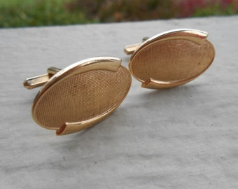 Vintage Gold Abstract Cufflinks. 1980s. Gift For Dad, Mom, Wife, Husband.