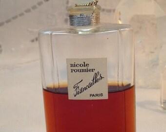 Nicole Roumier, Fiancailles, 30 ml. or 1 oz. Flacon, Pure Parfum Extrait, 1940, Paris, France ..