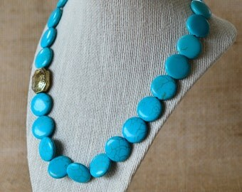 Grecian accent necklace