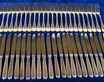 Huge Set of CHRISTOFLE PARIS 'PERLES' flatware - Silver alloy - 183 items