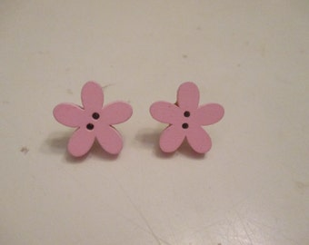 Pink wooden flower post earrings