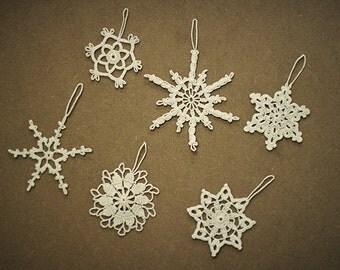 Set of 6 different design white crochet snowflakes,hanging snowflakes,Christmas decor,white winter decor,tree ornaments,Christmas ornament