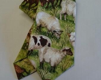 Farm/Sheep tie.