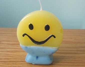 Fun Candle, Smile Face, Two Tone Fun Candle, Upcycling Candle