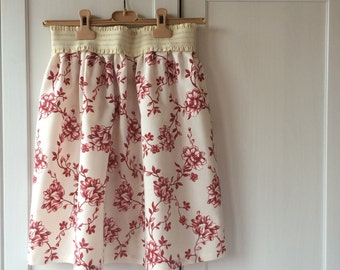 Romantic skirt with elastic