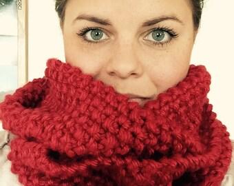 Chunky scarf - infinity scarf - hand knit scarf red scarf