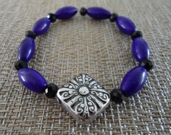 Beautiful Purple, Black and Silver Color Unique Beads Bracelet