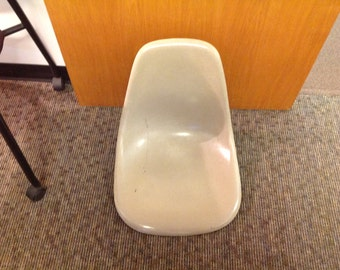 Herman Miller Fiberglass Shell Chair (PRICE REDUCED)