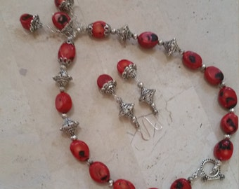 Handmade Vintage Red CORAL NECKLACE