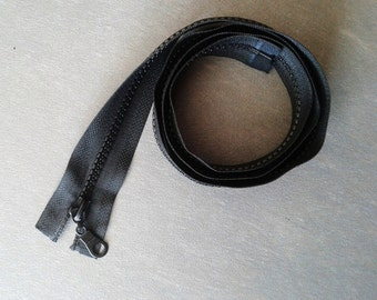 Black zip 90cm separable plastic
