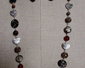 Animal print 34 inch necklace and pierced earring set