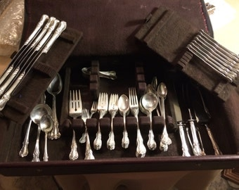 SALE!!! New Lower Price! - Towle 'Old Master' Sterling Silver flatware set - 91 pc