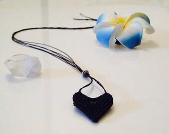 Vee Necklace